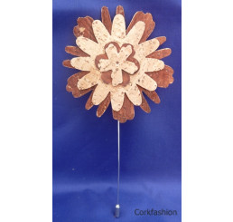 Brooch (LC-584 Model) from the manufacturer Luisa Cork in category Cork Brooches and Pins